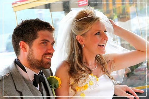 sposa-in-abito-giallo-Orta