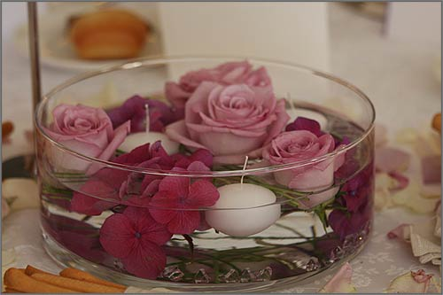 centrotavola-con-fiori-galleggianti