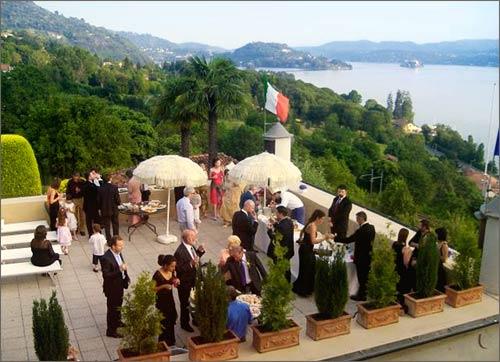 party-matrimonio-terrazza-sul-lago