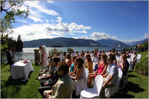cerimonia-matrimonio-all'aperto-Villa-Rusconi