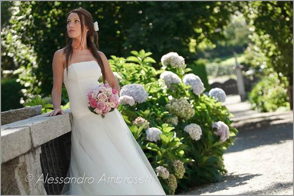 Villa-Pestalozza-Miasino-matrimonio-nel-parco