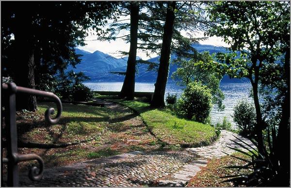 matrimonio-ristorante-all'aperto-Lago-Maggiore