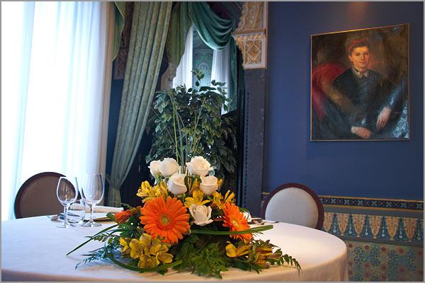 centrotavola fiori Alstroemeria matrimonio Villa Crespi