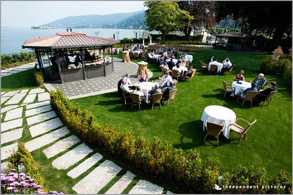 aperitivo matrimonio in giardino Hotel Dino Lago Maggiore