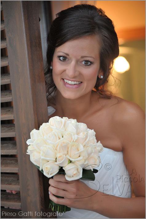 bouquet per sposa con rose Vendela