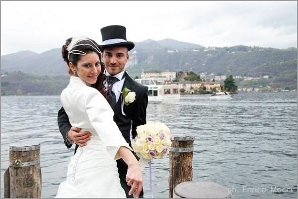 Matrimonio In Frac : Cavalli bianchi matrimonio lago maggiore