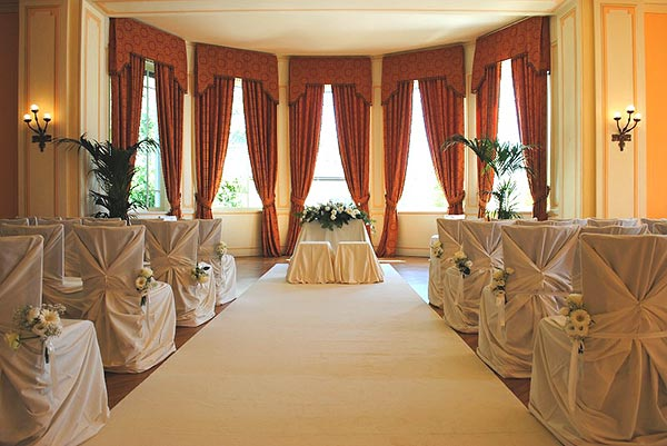 11_Ferrario-tessuti-arredi-per-matrimoni
