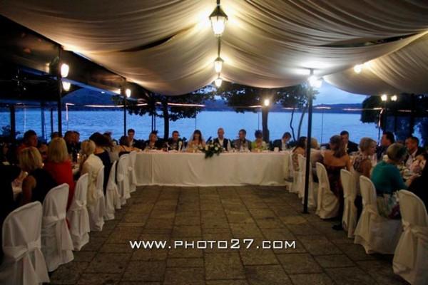 cena di matrimonio al ristorante sull'isola di Orta