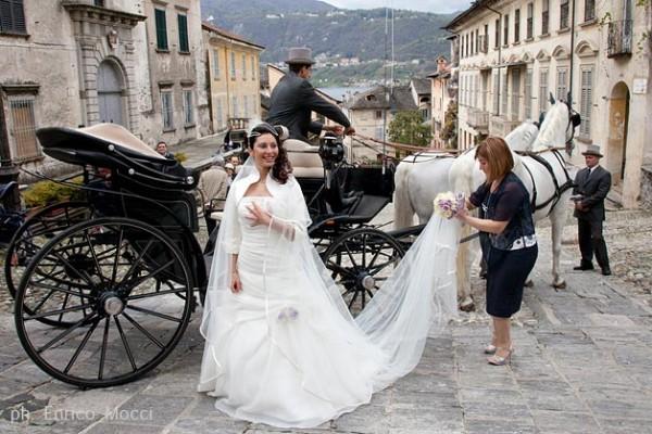 Matrimonio In Carrozza : Lago d orta matrimonio maggiore