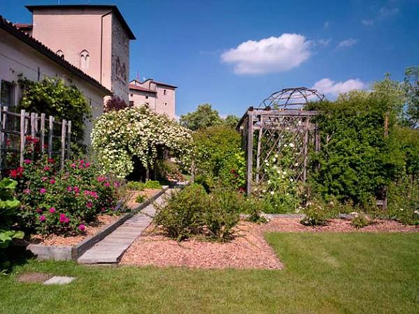 matrimonio-giardino-medioevale-Rocca-di-Angera