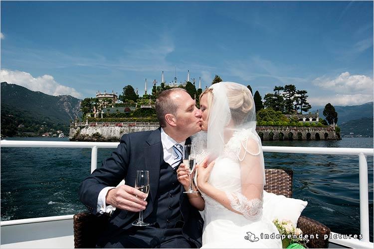 Cerimonia sull'Isola dei Pescatori, lago Maggiore