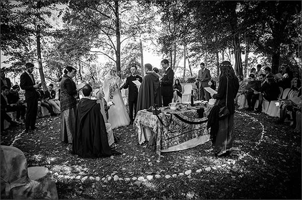 Matrimonio Celtico Toscana : Cerimonia di matrimonio druidico celtico a villa rocchetta