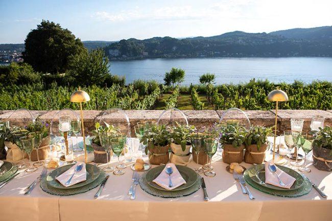 Fiori per ricevimento di matrimonio alla Rocca di Angera © foto Irideblu