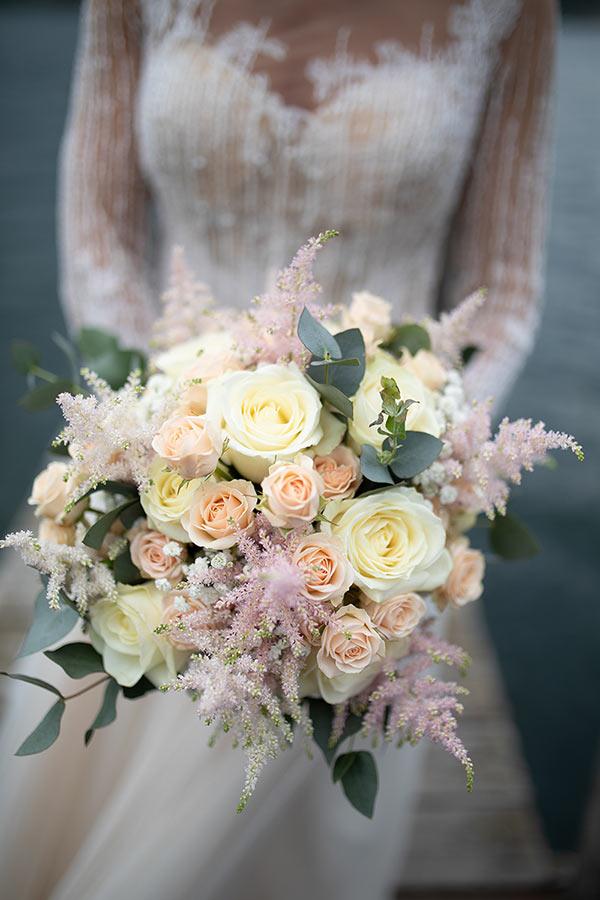 Bouquet romantico - foto Noemi Mazzucchelli