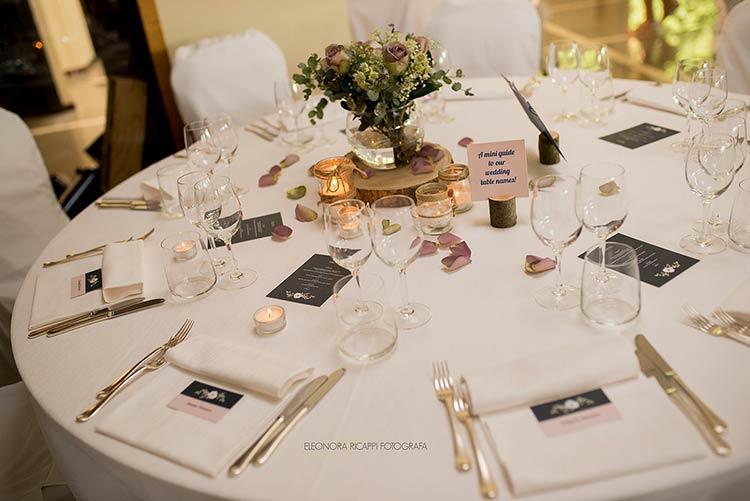 Allestimento tavolo per matrimonio al ristorante L'Approdo